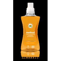 Detergent za perilo Method (freshwater peach)